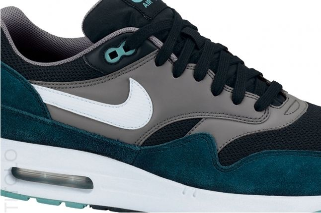 Nike Am1 Essentials Black Turquoise Midfoot Detail 1