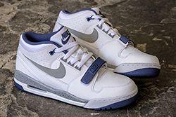 Nike Air Alphalution Thumb