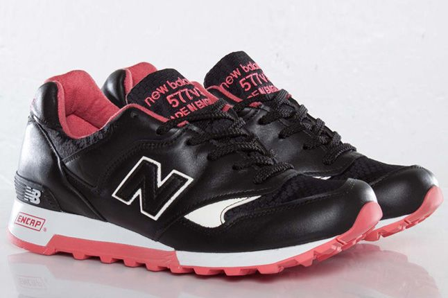 Staple X Size X New Balance 577 Black Pigeon Quater Pair 1