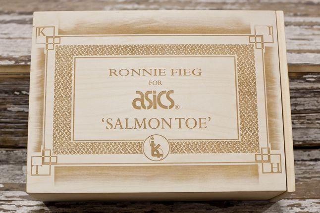Salmon Toes Box5 1