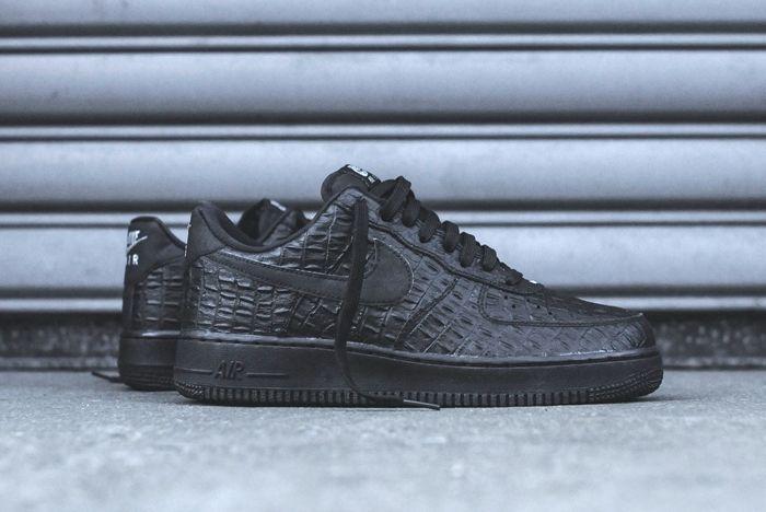 Nike Air Force 1 Lv8 Croc Kith Bump 4