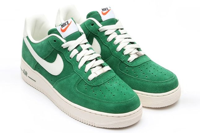 Nike Air Force 1 Low Suede Green Angle 1