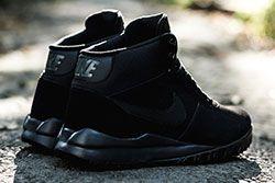 Nike Woodland Suede Triple Black Thumb