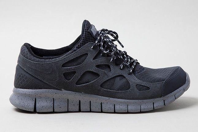 Nike Free Run2 Stealth Black Profile 1 1