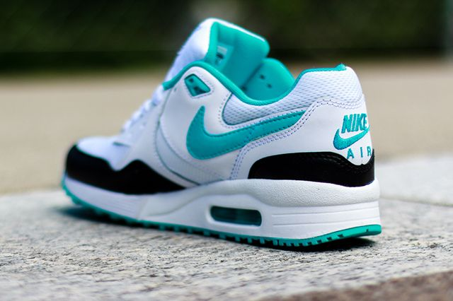 Nike Wmns Air Max Light Dusty Cactus