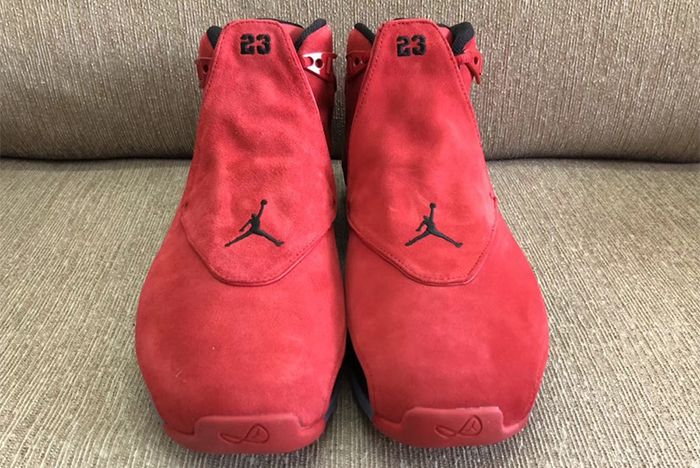 Air Jordan 18 Toro Raging Bull 11