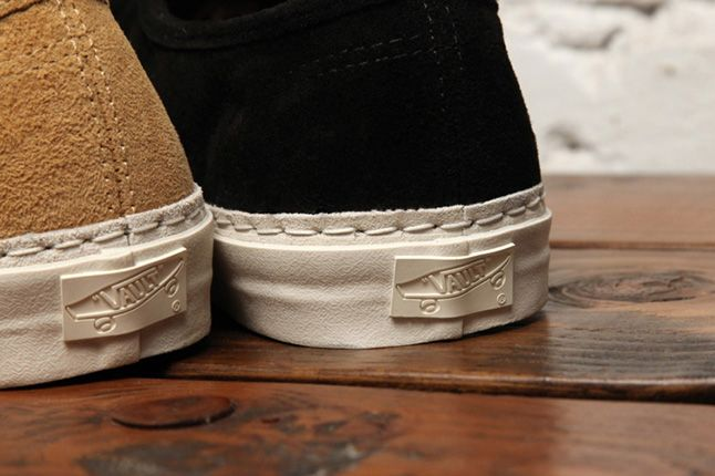 Dqm Vans Authentic Lx Suede Leather Pack Side 2013 1