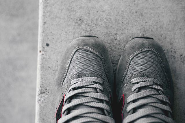 New Balance 996 Grey Red 2