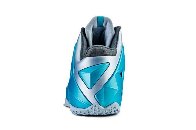 Nike Le Bron 11 Gamma Blue 31