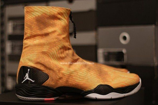 Jordan Xx8 Yellow Camo Pair Profile 1 640X4261