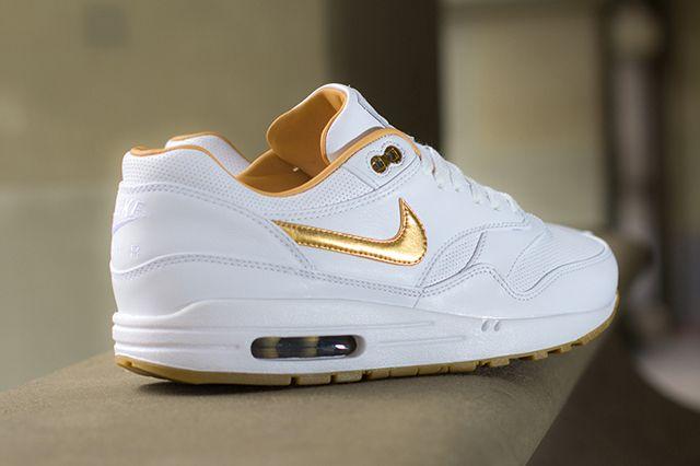 Nike Air Max 1 Fb Woven Metallic Gold 3