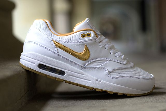 Nike Air Max 1 Fb Woven Metallic Gold 4