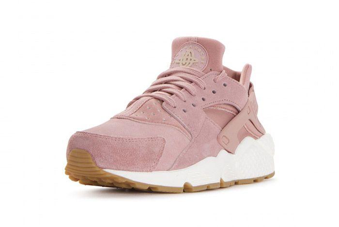 Nike Air Huarache Run Particle Pink3