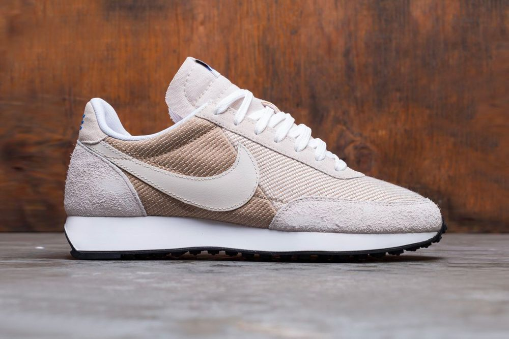 Nike Air Tailwind 79 Light Orewood Brown Right