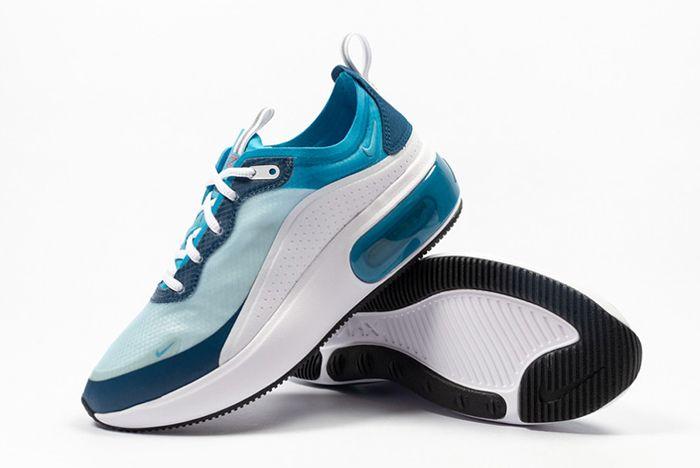 Nike Air Max Dia Se Blue Force Ar7410 104 Angle Shot