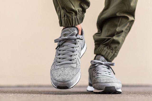 Nike Internationalist Tech Freeze 1