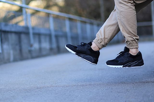 Wings Horns New Balance 580 3