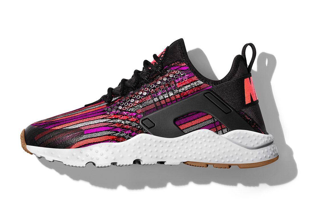 Nike Womens Beautiful Powerful Jacquard Huarache