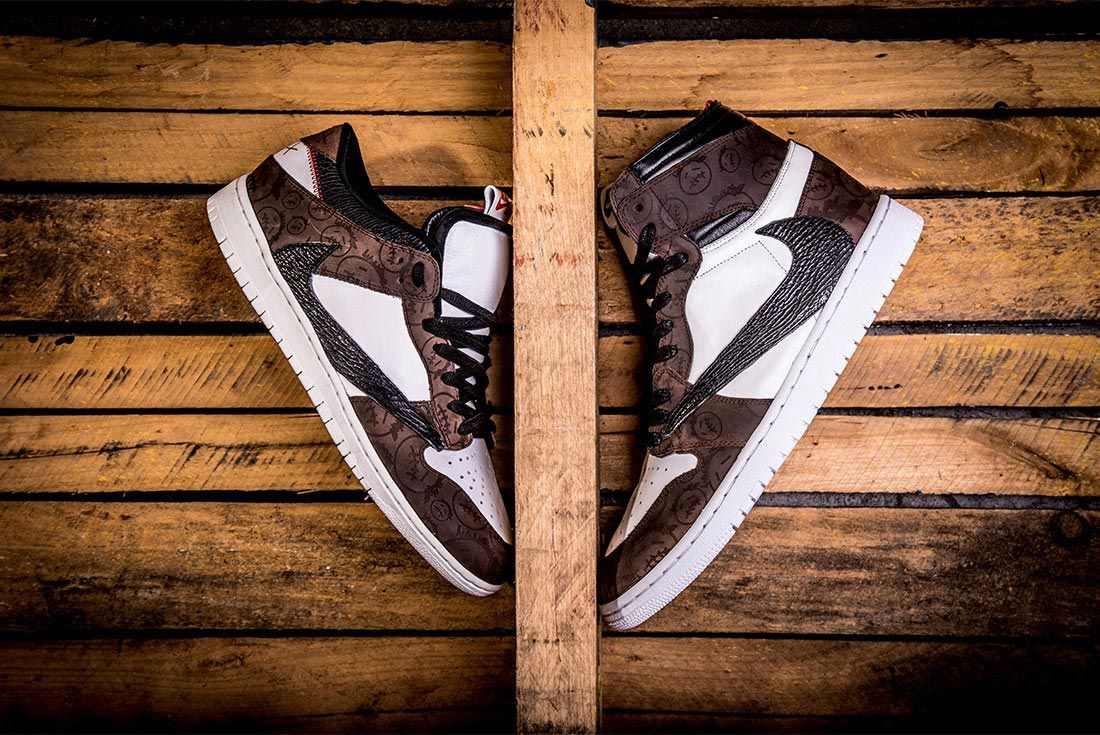 Air Jordan 1 Travis Scott Bespoke Lateral Side Shot