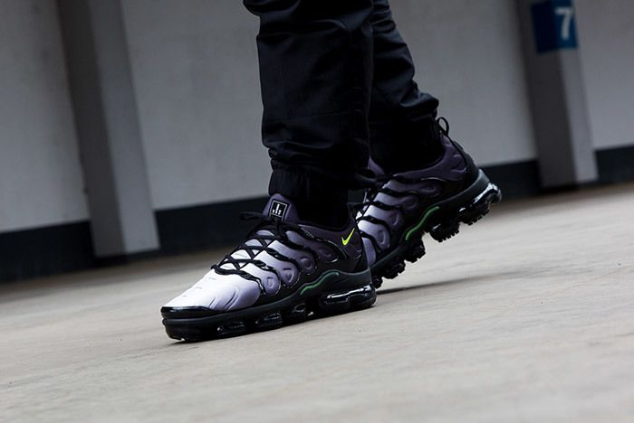 Air Vapor Max Plus Volt 4