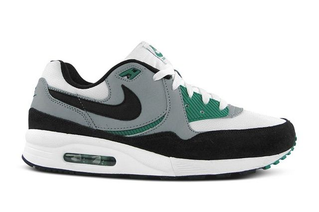 Nike Am Light Mystic Green 1