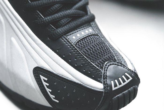 Nike Shox R4 Silver Black Red 5