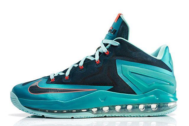 Nike Lebron 11 Max Low Turbo Green