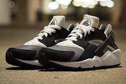 Nike Air Huarache Black Grey White Thumb