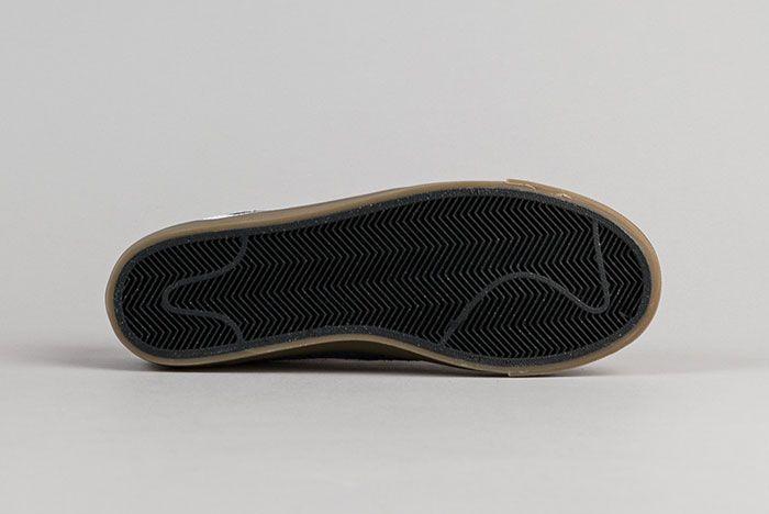 Nike Sb Blazer Low Gt Obsidian 4