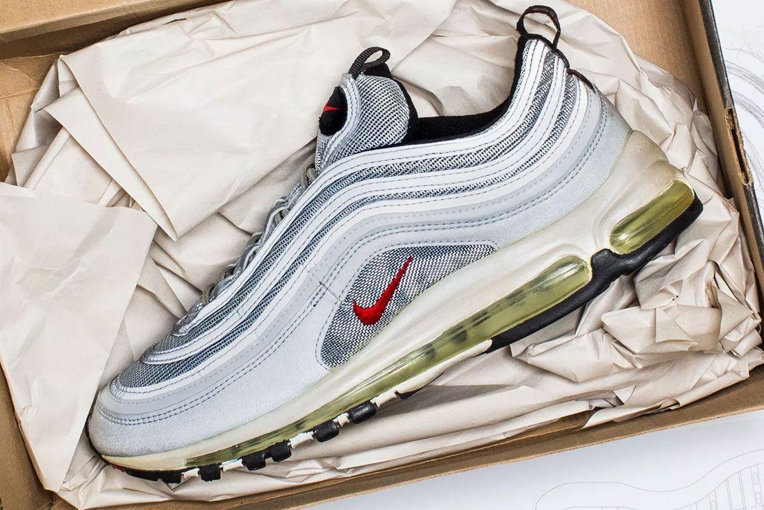 Almuerzo Pólvora Complaciente  VERSUS: Were the 1990s Nike's Greatest Era? - Sneaker Freaker