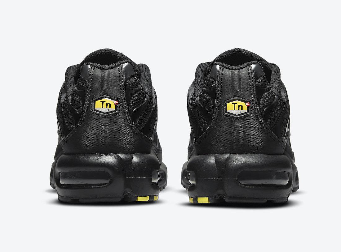 Nike Air Max Plus Triple Black DB0682-001