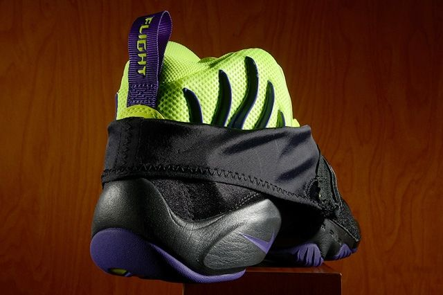 Nike Air Zoom Flight The Glove Lakers 3