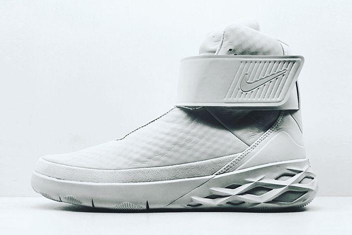 Nike Swoosh Hunter8