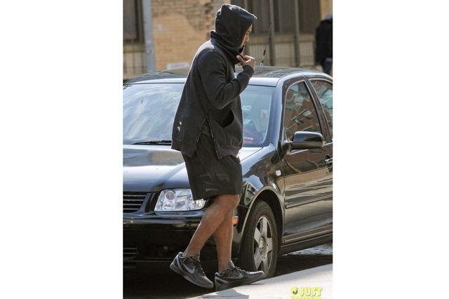 Kanye West Sneaker Style Nike Zoom Kobe
