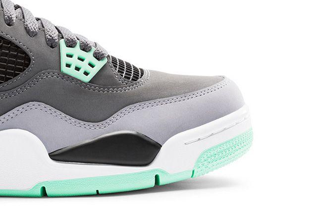 Air Jordan 4 Green Glow 4