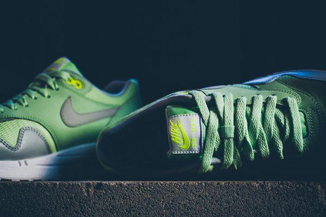 Nike Air Max 1 Vapor Green Bumper 3