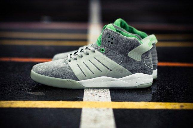 Solebox Supra Skytop 3 Glow In The Dark On Court Pair Profile 1