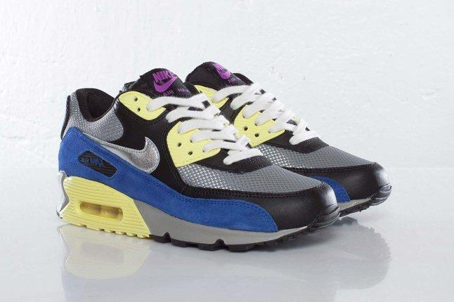 Nike Wmns Airmax90 Heel Pair 1
