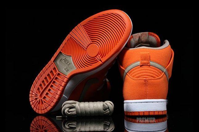 Nikesb Dunk High Pro Orange Bamboo Heel Sole Profile 1