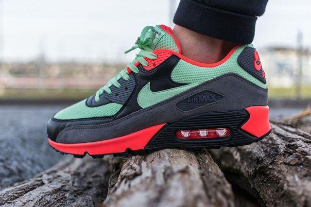 Nike Am90 Vapour Green Bumper 3