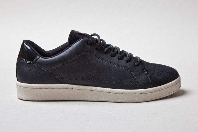 Lacoste Carnaby New Cup Black 1