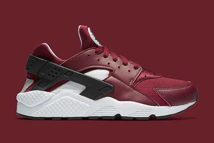 Nike Air Huarache Team Red 4