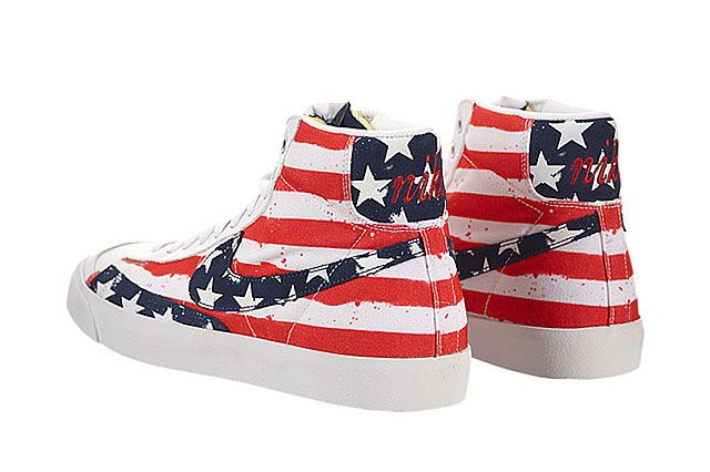 Nike Blazer Mid 77 Premium Vntg Heel