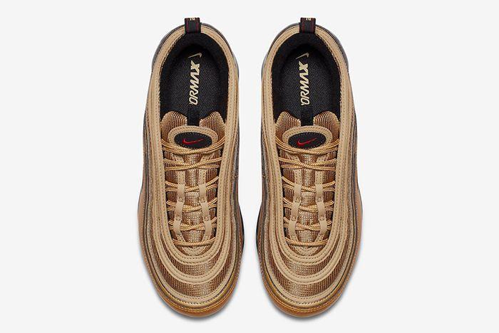 Nike Air Vapormax 97 Metallic Gold 4