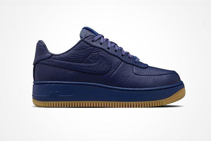 Nike Air Force 1 Up Step 4