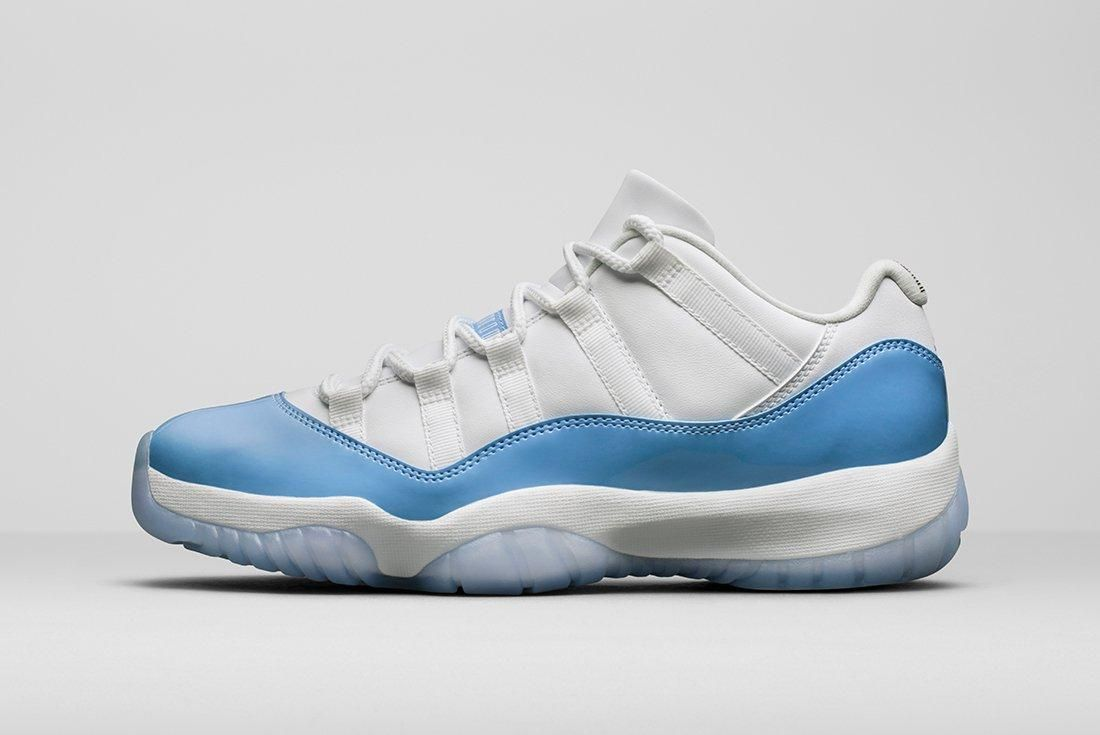 Air Jordan 11 Low University Blue9