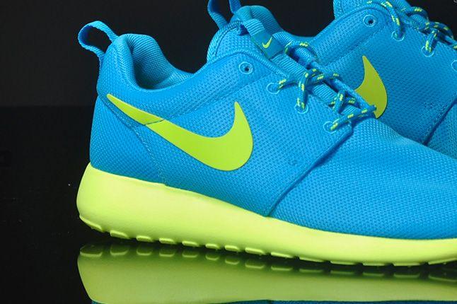 Nike Roshe Run Blue Glow Heels 1