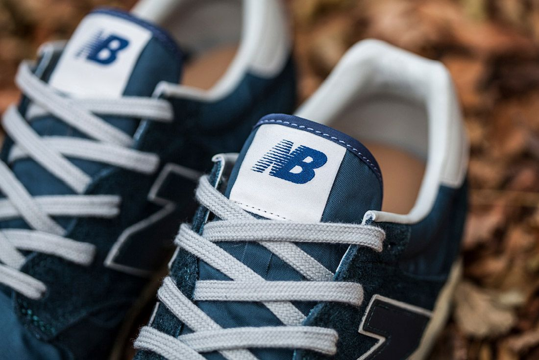 New Balance 520 Hairy Suede 8