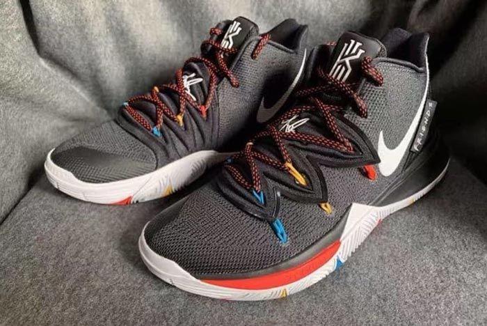 Nike Kyrie 5 Friends 5