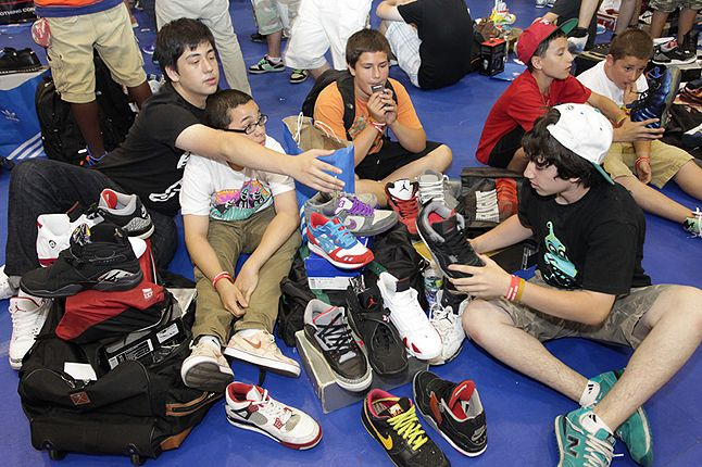 Sneaker Con New York 2012 37 1